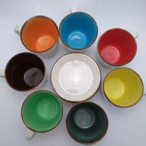 kolorowe kubki